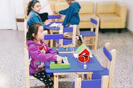 Nueva sala de espera para niños en el Laboratorio.
